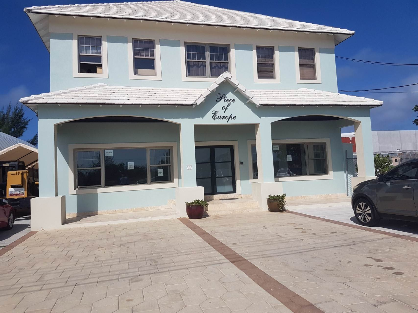 6. Commercial for Rent at Office/Retail Space at Airport Industrial Park - MLS 36622 Airport Industrial Park, Nassau And Paradise Island, Bahamas