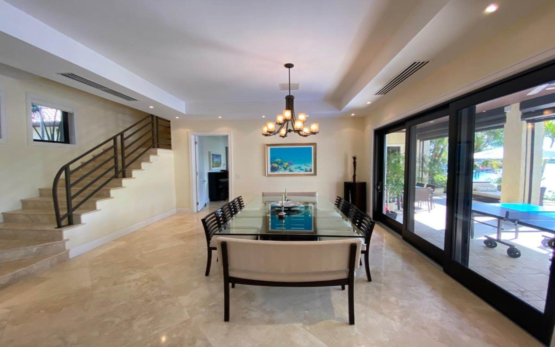 6. Single Family Homes for Sale at Immaculate House on Venetian Lane in Old Fort Bay Old Fort Bay, Nassau And Paradise Island, Bahamas
