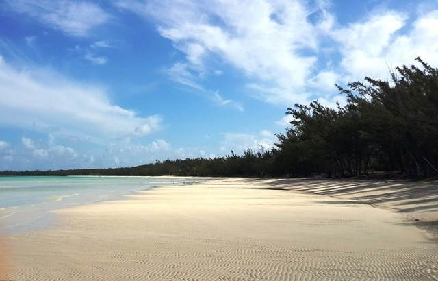 6. Land for Sale at Rental Income Property Opportunity!! Lot 9, Hibiscus Beach, Governor's Harbour Governors Harbour, Eleuthera, Bahamas