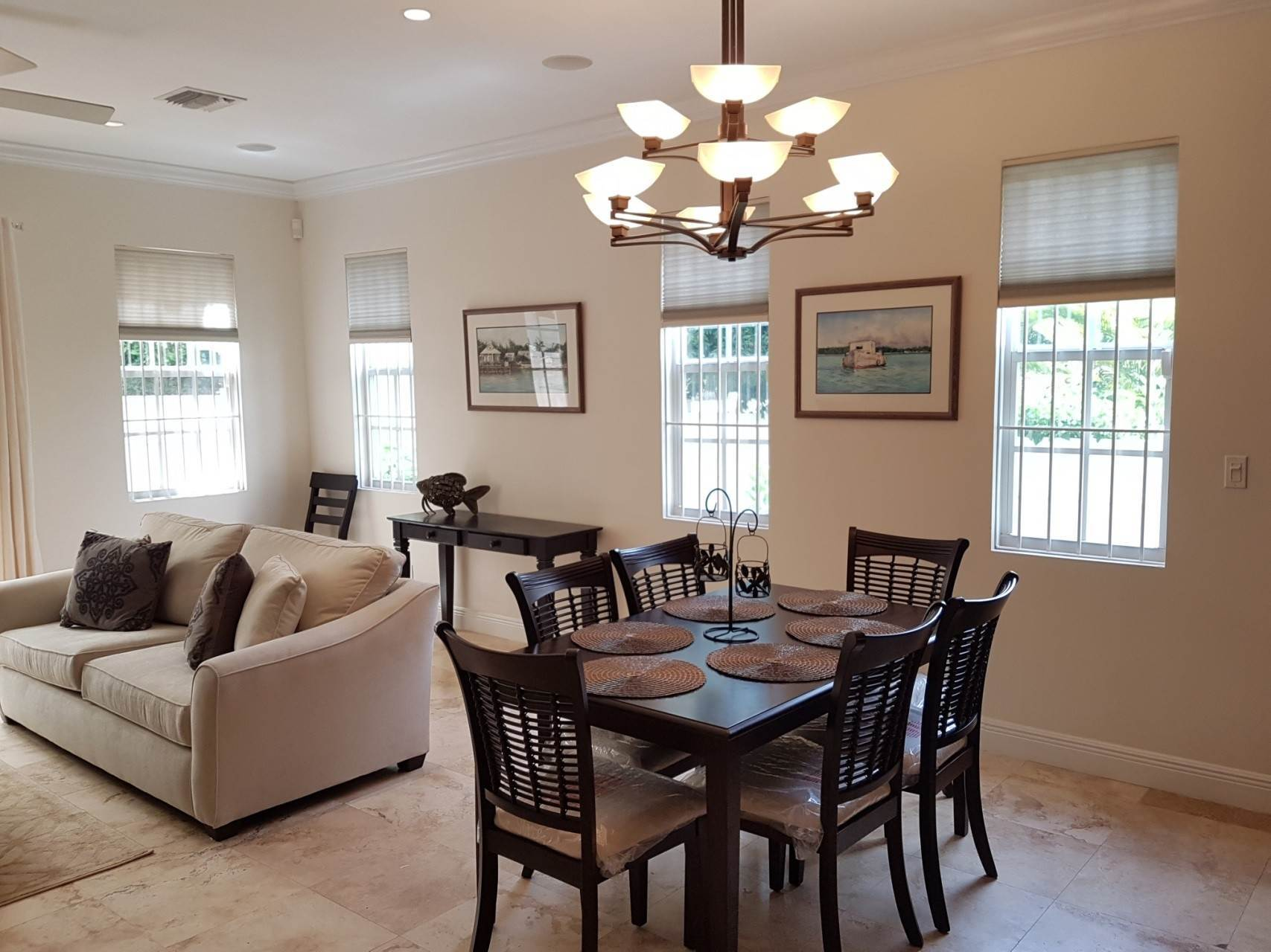 6. Co-op / Condo for Rent at Beautiful Balmoral Townhome Nassau And Paradise Island, Bahamas