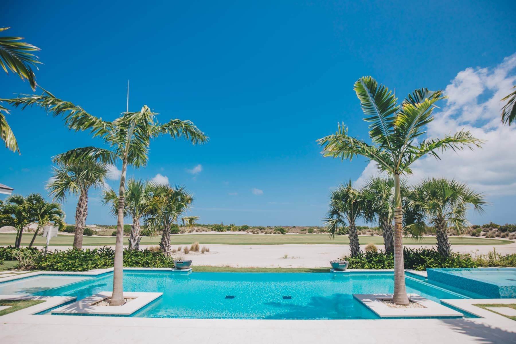 6. Single Family Homes for Sale at Immaculate Albany Golf Course Residence Albany, Nassau And Paradise Island, Bahamas