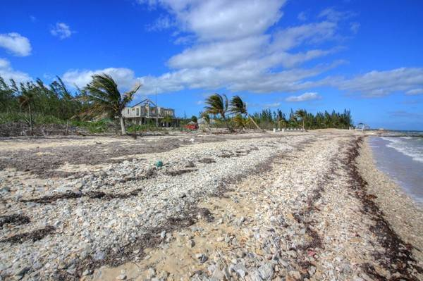 7. Land for Sale at Unique Beachfront Parcel of 2.4 Acres (MLS17537) Turtle Rocks, Abaco, Bahamas