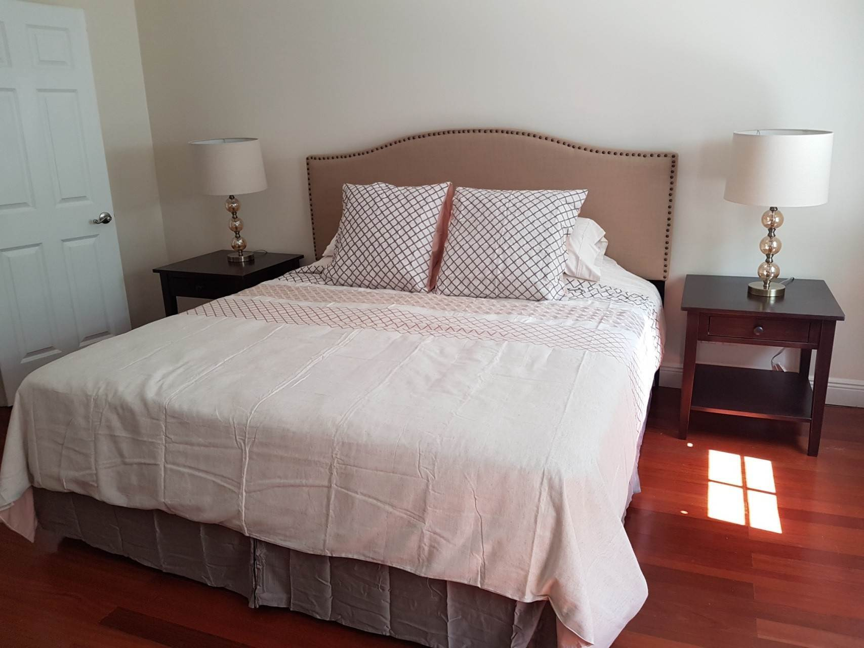 7. Co-op / Condo for Rent at Beautiful Balmoral Townhome Nassau And Paradise Island, Bahamas