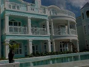 4. Co-op / Condominio por un Venta en Private Beachfront Gated Community Nueva Providencia / Nassau, Bahamas