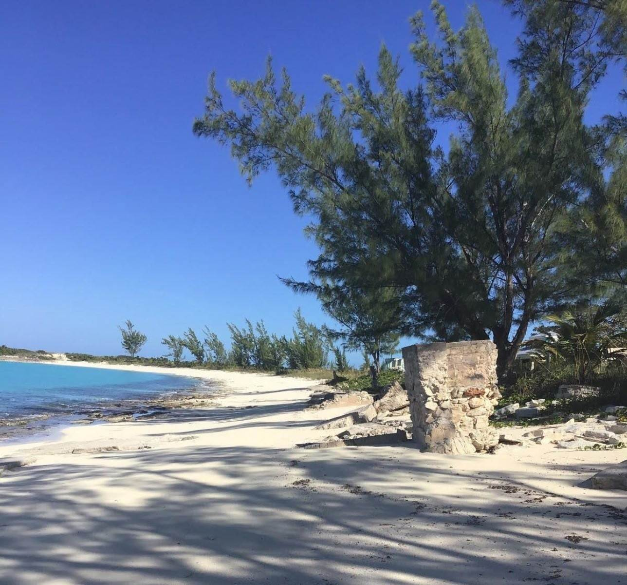 7. Land for Sale at Beachfront Estate at Polaris Bay - MLS 43342 San Salvador, Bahamas