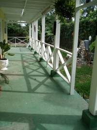 8. Single Family Homes for Rent at Charming House With Good Income Potential Nassau And Paradise Island, Bahamas