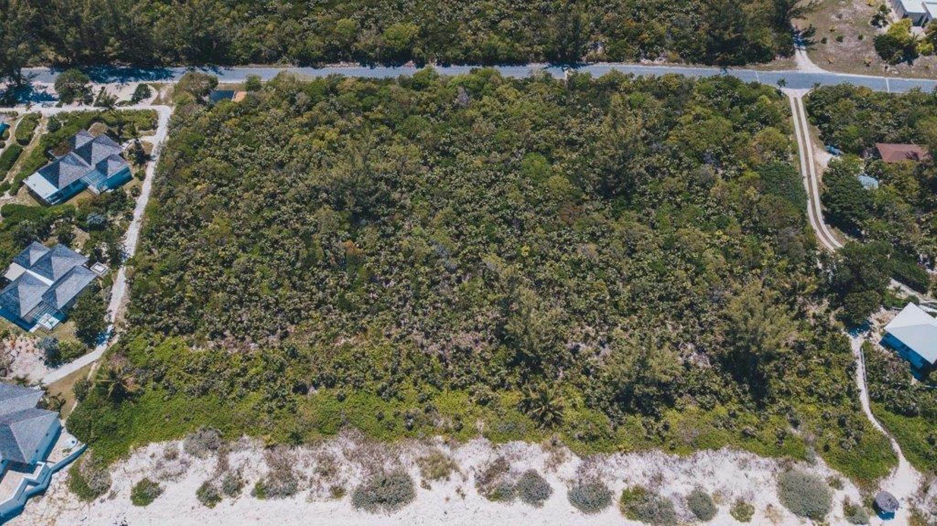 7. Terreno por un Venta en Unique Beach front Homesite at Windermere Beach Estates - Section A, Lot 9 and 126 - MLS 38497 Windermere Island, Eleuthera, Bahamas