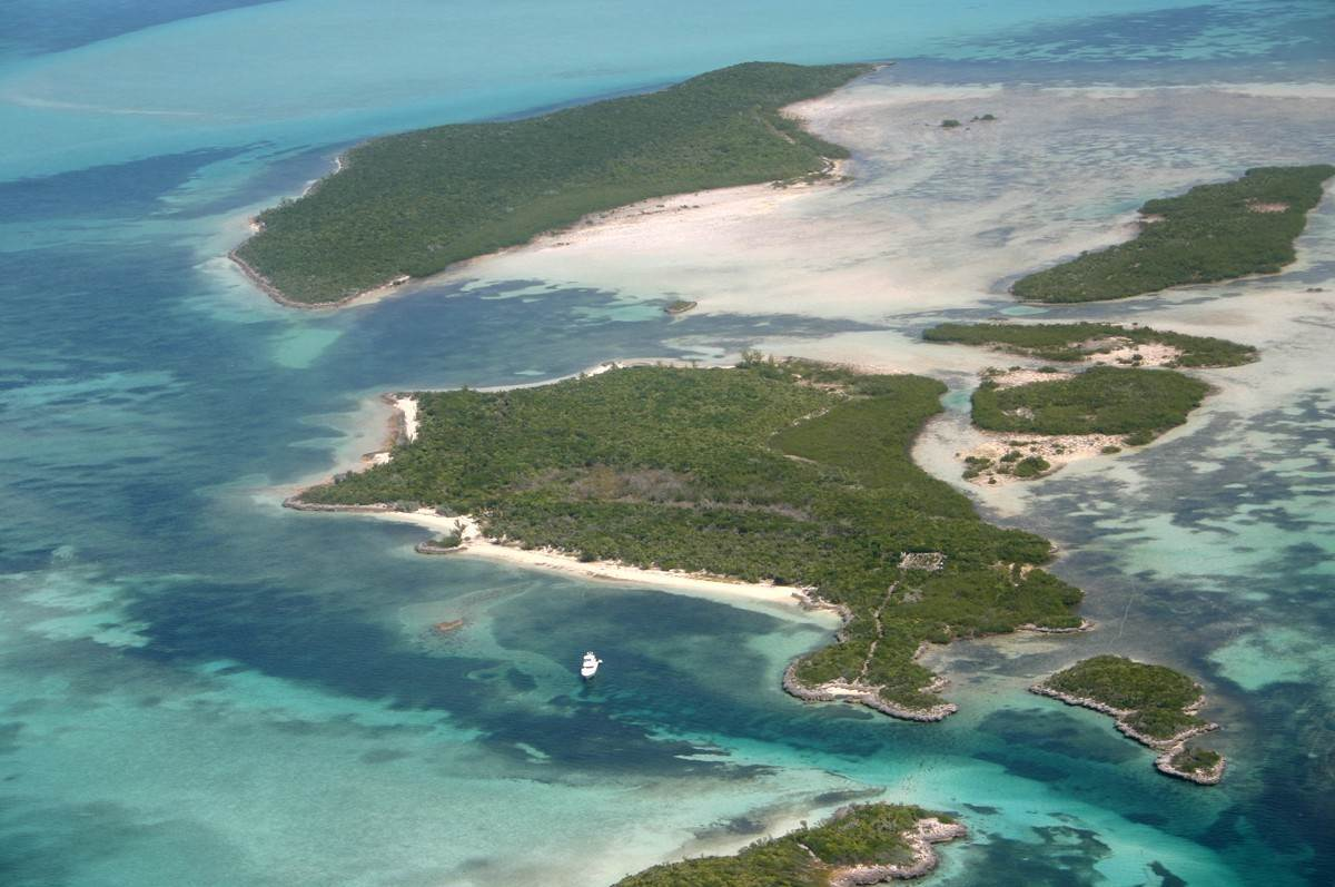 2. Private Islands for Sale at Sand Dollar Cay Private Island Berry Islands, Bahamas