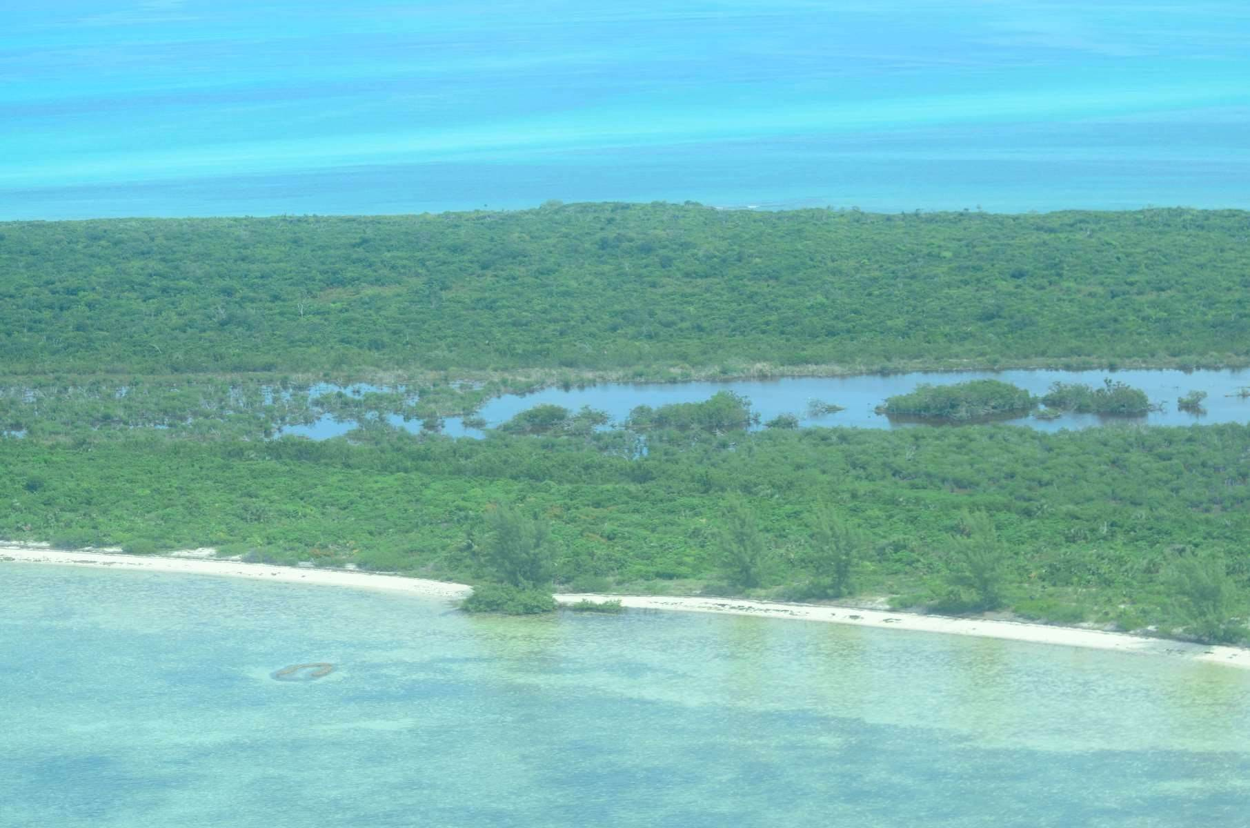 7. Private Islands por un Venta en Large Private Island in Abaco with approved development Plans - MLS 42074 Abaco, Bahamas