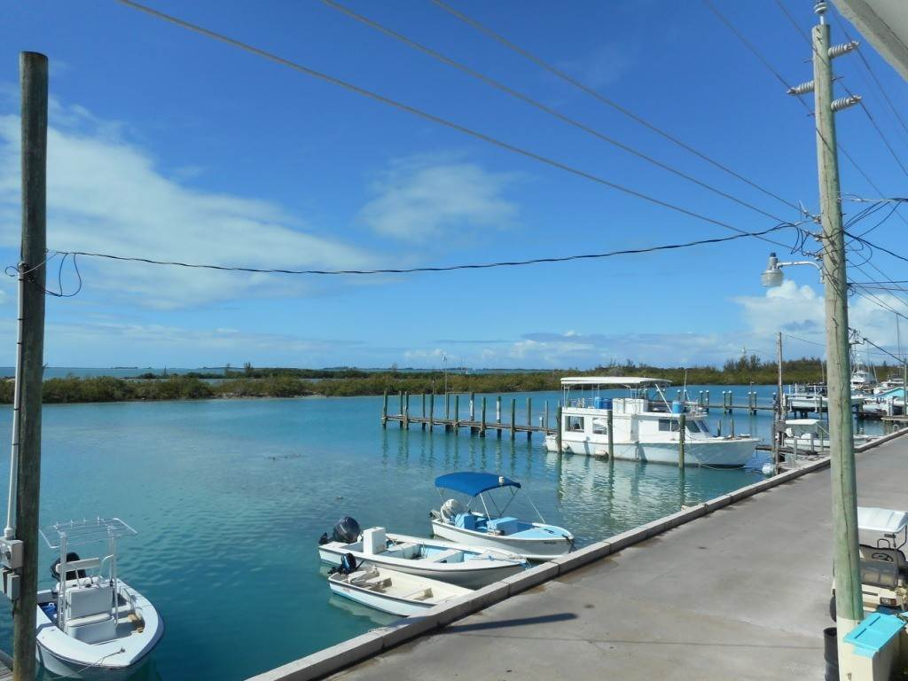 8. Single Family Homes por un Venta en Harbor Front Home With Private Dock Spanish Wells, Eleuthera, Bahamas