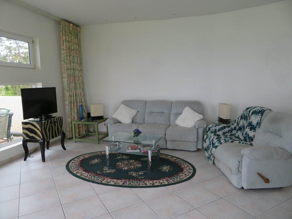 5. Co-op / Condo for Rent at Beachfront Corner unit Townhouse on Paradise Island Paradise Island, Nassau And Paradise Island, Bahamas