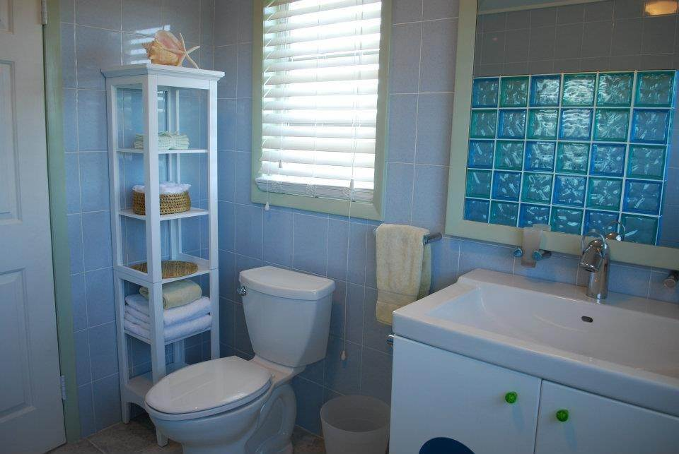 8. Co-op / Condo for Rent at Aqua Teracotta Cottage Long Island, Bahamas