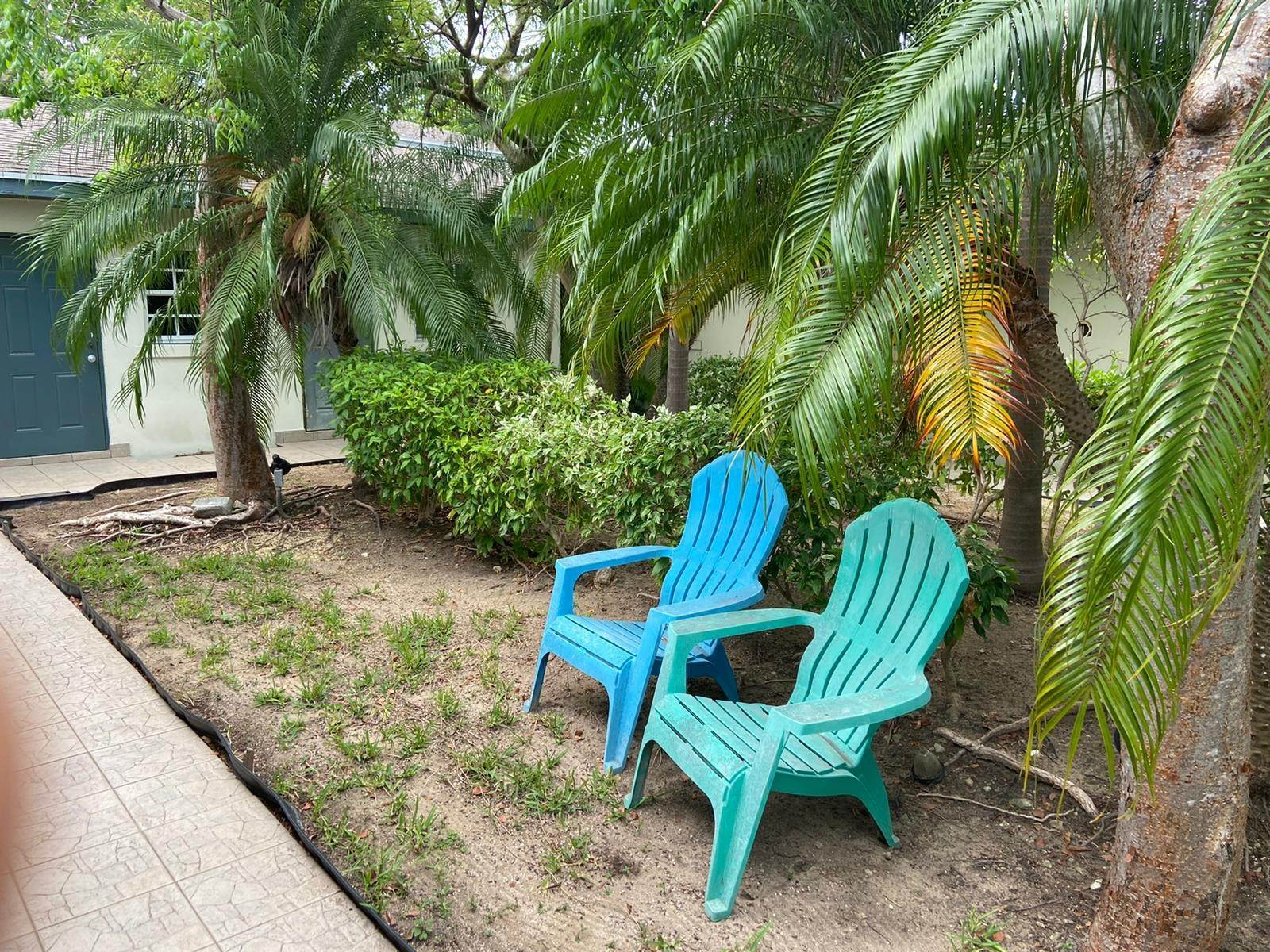 8. Co-op / Condo for Rent at Gated rental in Nassau East Nassau And Paradise Island, Bahamas