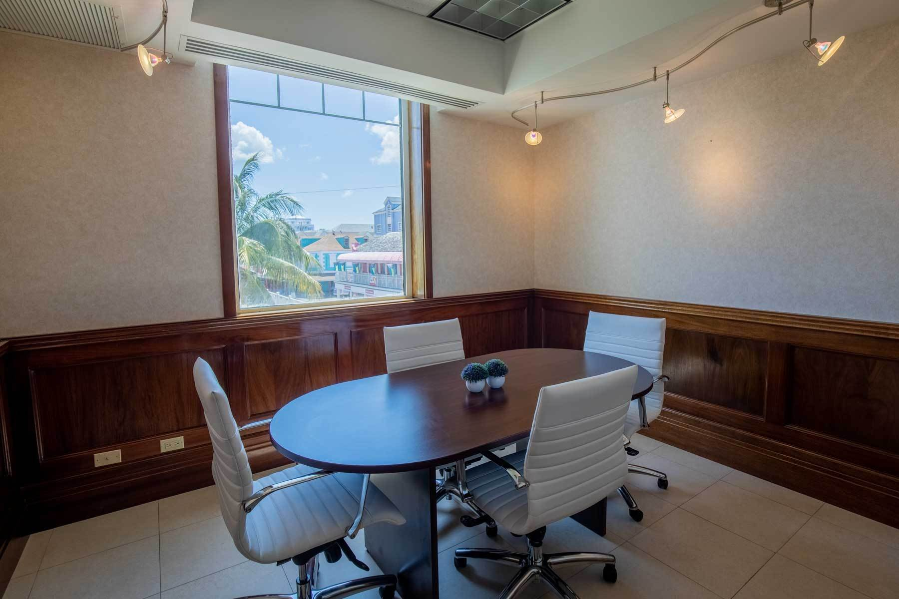 8. Comercial por un Alquiler en Centrally Located Downtown, Best Priced & Modern Office Space Monthly or Yearly - MLS 42111 Bay Street, Nueva Providencia / Nassau, Bahamas