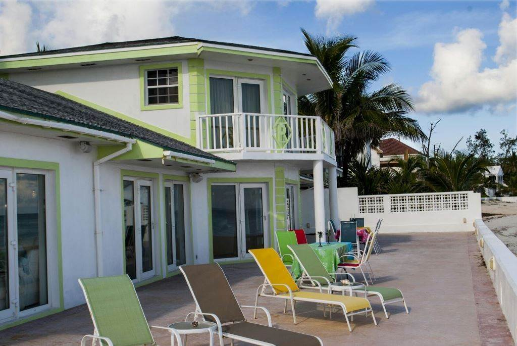8. Single Family Homes for Rent at Seaside Castle, West Bay Street West Bay Street, Nassau And Paradise Island, Bahamas