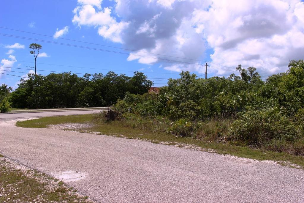 8. Terreno por un Venta en Single Family Lot on Yorkshire in Bahamia Bahamia, Gran Bahama Freeport, Bahamas