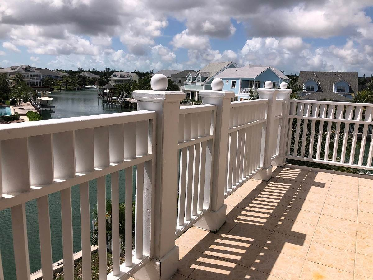 5. Single Family Homes for Rent at Home with dock space Jacaranda Sandyport Sandyport, Cable Beach, Nassau And Paradise Island Bahamas