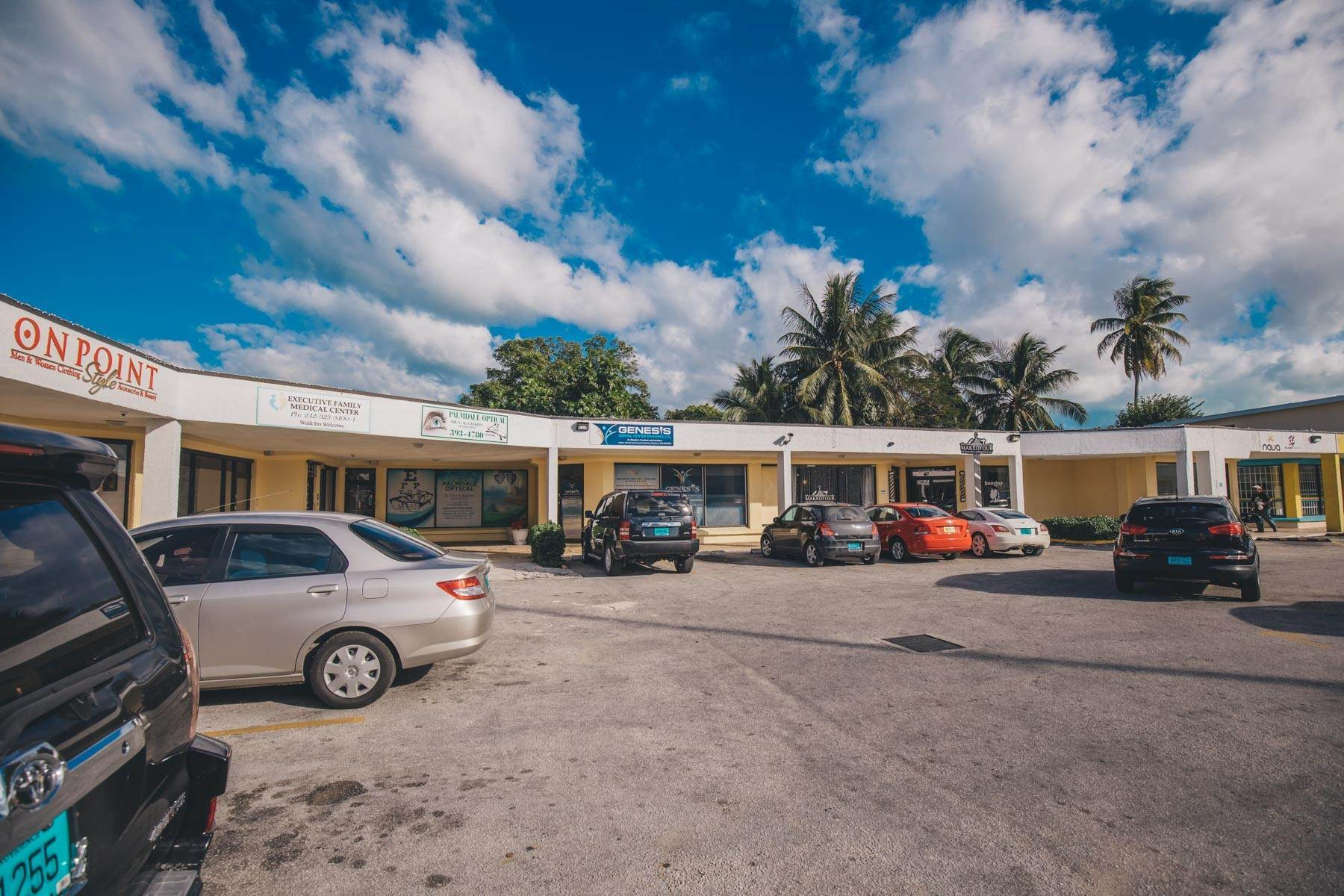 3. Commercial for Rent at Prime Commercial Property for Rent on Mackey Street - MLS 42984 Palmdale, Nassau And Paradise Island, Bahamas