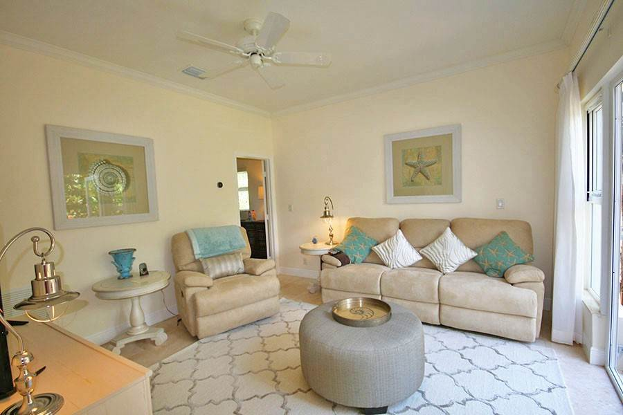 8. Single Family Homes for Rent at Newly Furnished Island Home in the Prestigious Beachfront Gated Community of Shoreline! Fortune Beach, Freeport And Grand Bahama, Bahamas