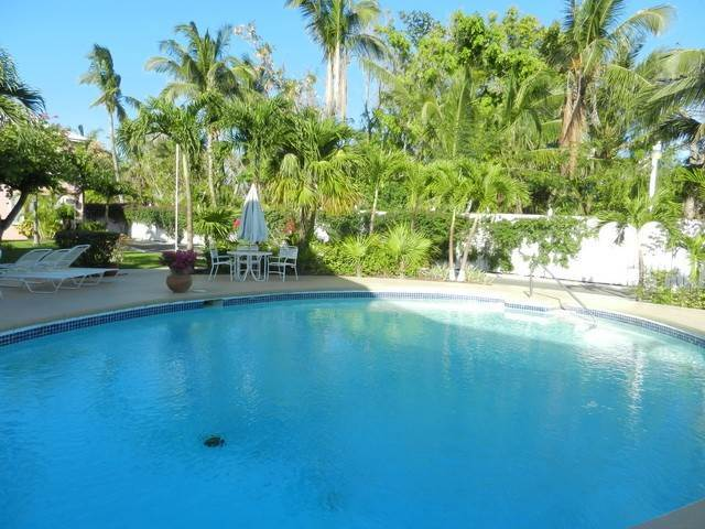 3. Co-op / Condo for Rent at Garden view renovated condo in the heart of Cable Beach Cable Beach, Nassau And Paradise Island, Bahamas