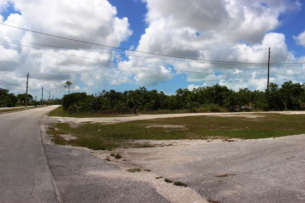 9. Terreno por un Venta en Single Family Lot on Yorkshire in Bahamia Bahamia, Gran Bahama Freeport, Bahamas