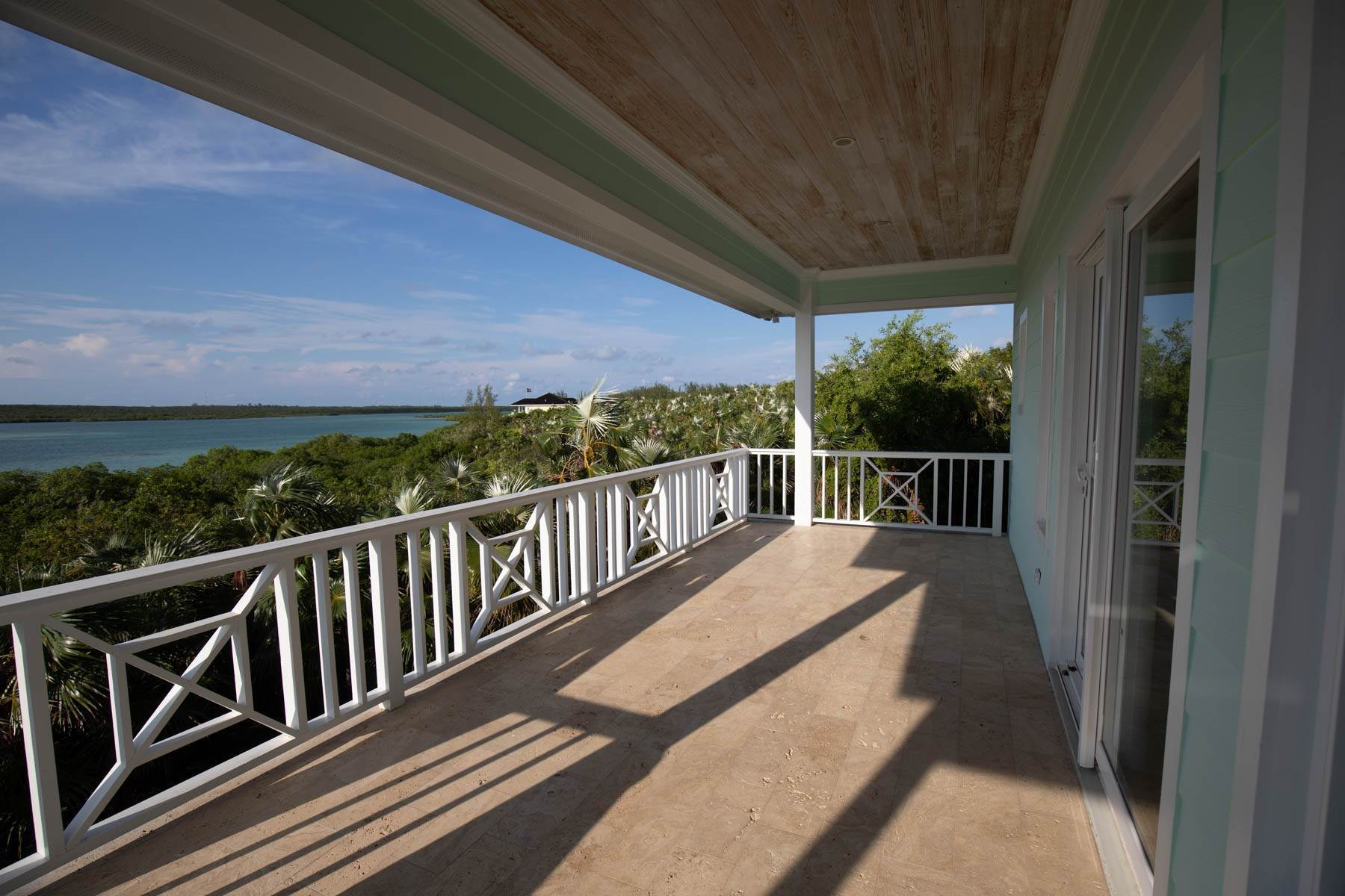 15. Single Family Homes for Sale at Savannah Sound Home - Windermere Island - MLS 44478 Windermere Island, Eleuthera, Bahamas
