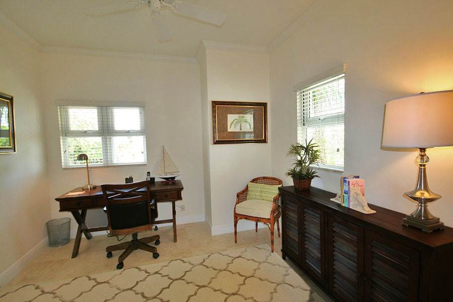 10. Single Family Homes for Rent at Newly Furnished Island Home in the Prestigious Beachfront Gated Community of Shoreline! Fortune Beach, Freeport And Grand Bahama, Bahamas