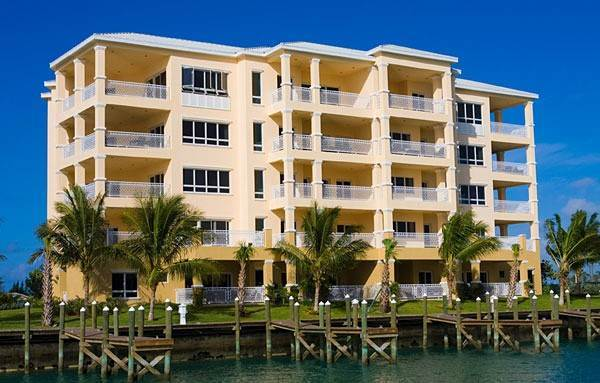 2. Co-op / Condo for Rent at Exquisite Luxury Living in Suffolk Court Bahamia Marina, Freeport And Grand Bahama, Bahamas