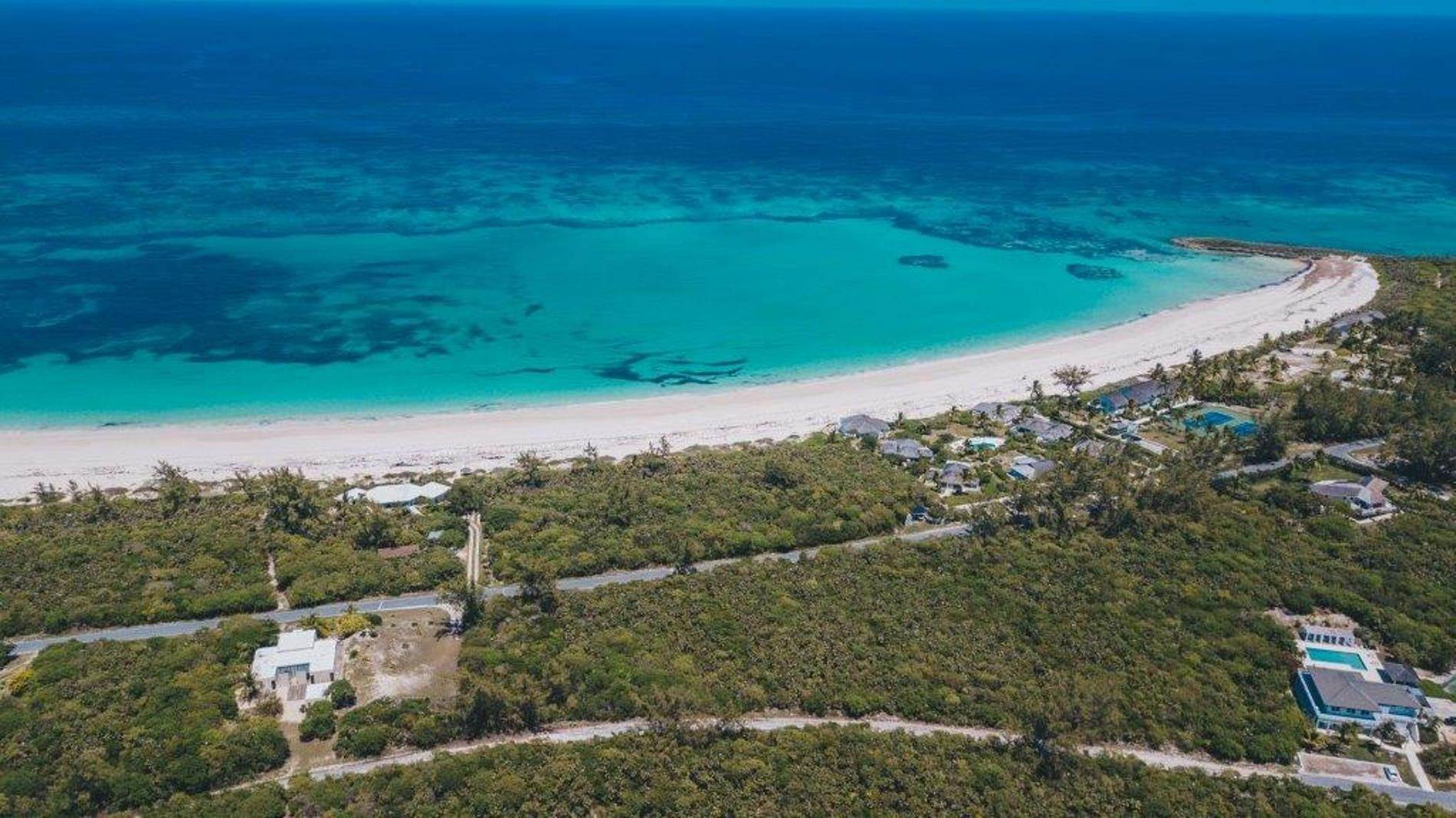 10. Terreno por un Venta en Unique Beach front Homesite at Windermere Beach Estates - Section A, Lot 9 and 126 - MLS 38497 Windermere Island, Eleuthera, Bahamas