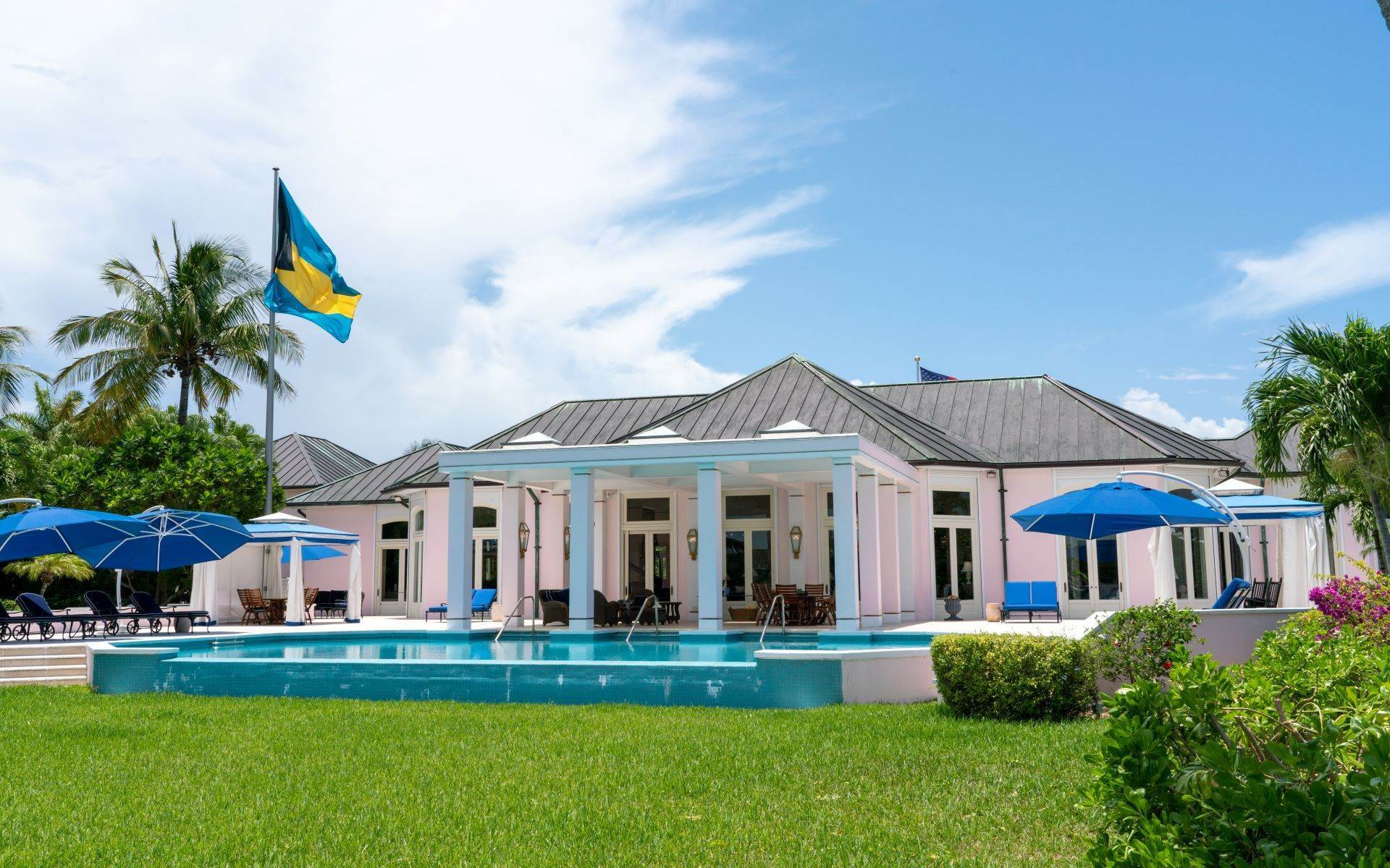 11. Single Family Homes for Sale at Luxurious Lyford Cay Canalfront Estate - MLS 40934 Lyford Cay, Nassau And Paradise Island, Bahamas