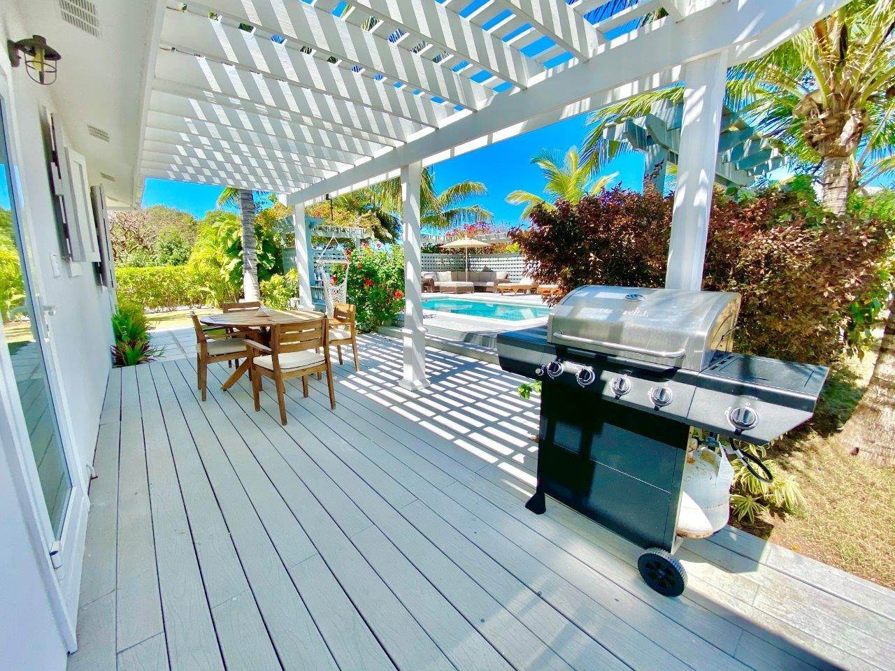 21. Single Family Homes for Sale at Fabulous Coastal Living Home in Governor's Harbour - MLS 44509 Governors Harbour, Eleuthera, Bahamas