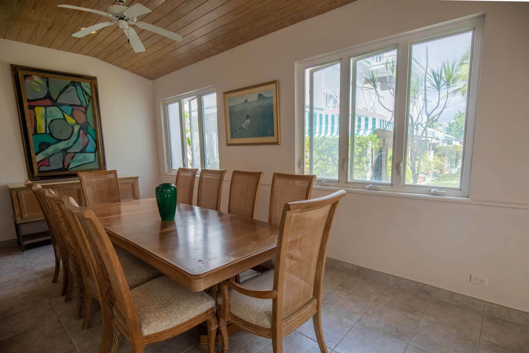 19. Co-op / Condo for Sale at Seapointe Spacious End Unit - Port New Providence St Andrews Beach, Yamacraw, Nassau And Paradise Island Bahamas